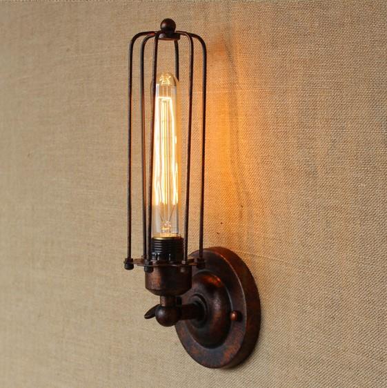 Historické-nástenné-svietidlo-s-rovnou-klietkou-v-bronzovej-farbe-4