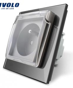 Luxusná exteriérová zásuvka s ochranným kolíkom a krytkou v striebornej farbe