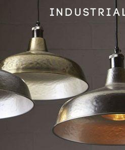 Ponúkame vám toto originálne závesné svietidlo vyrobené z priemyselného kovu s prestížnou povrchovou úpravou pre moderný, historický či súčasný štýl miestnosti, podkrovia alebo podniku