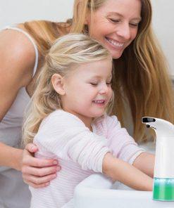 Automatický dávkovač mydla s dávkou 0,5 ml - 1,5 ml a objemom 250 ml